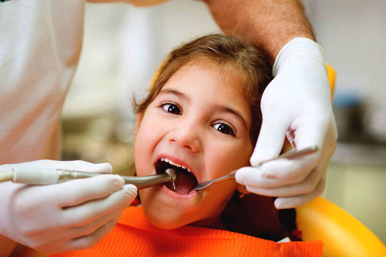красивые детские зубы